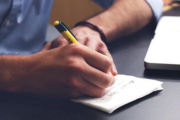 How to Write an Effective In Store Advertising Script